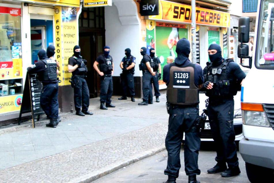 Verstoß gegen Waffengesetz: Razzia bei Araber-Clan-Mitglied
