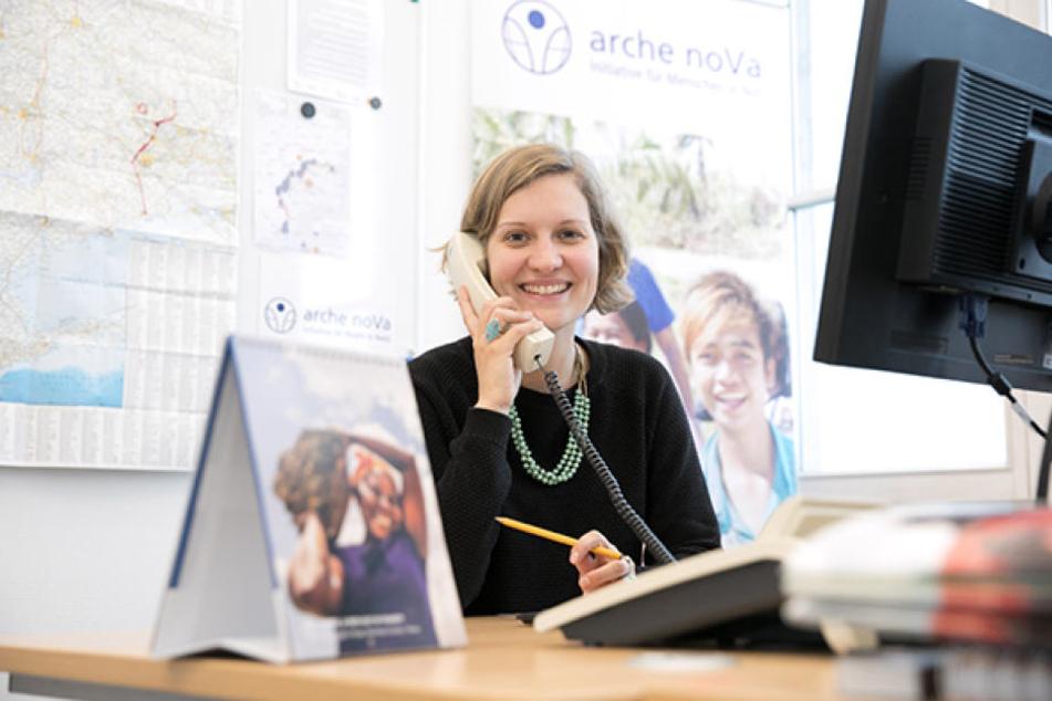 """""""Arche noVa""""-Projektleiterin Stefanie Knörr (32) koordiniert die Dresdner Hilfe in der Ostukraine."""