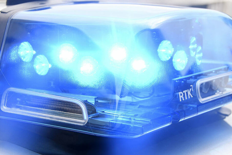 Das Opfer meldete sich am Sonntag auf der Polizeiwache. Die Beamten suchen die Täter. (Symbolbild)