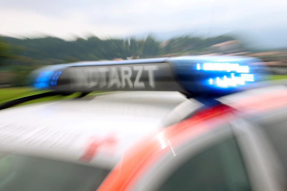 Mann (34) stirbt bei Frontal-Crash, mehrere Schwerverletzte