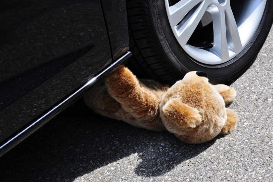 Der 35-Jährige konnte nicht mehr bremsen – er erfasste das Kind! (Symbolfoto)