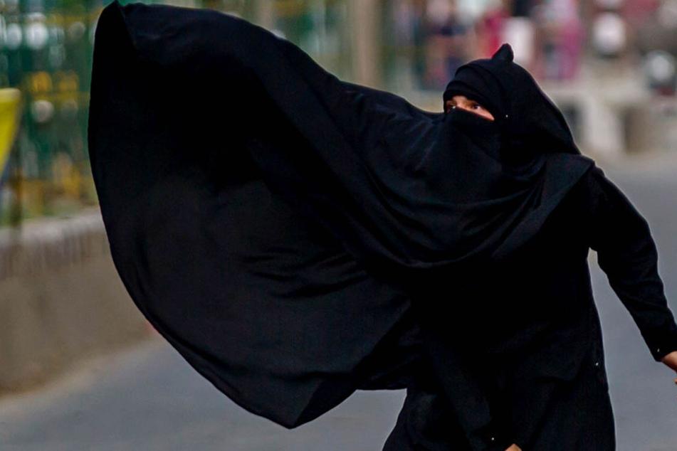Einreise-Verbot für Frau wegen Vollverschleierung!
