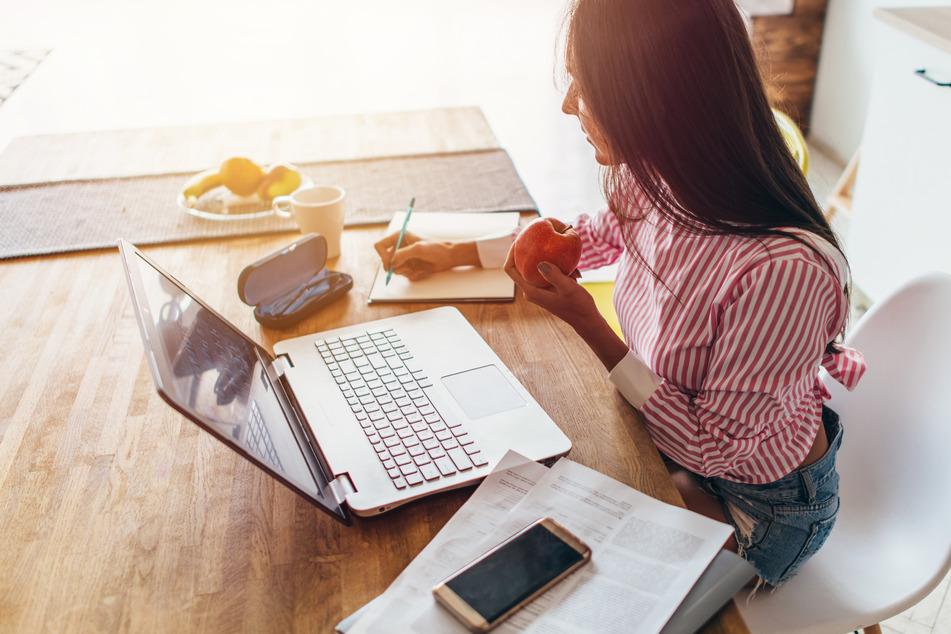 Studie bestätigt: Darum sollten viele Arbeitnehmer im Home Office bleiben!