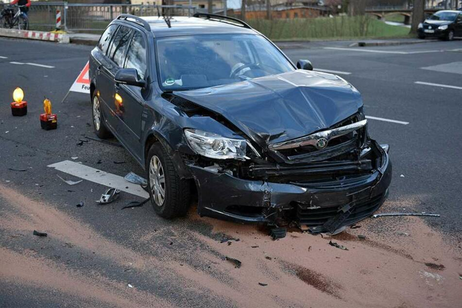 Der Skoda nach dem Crash.