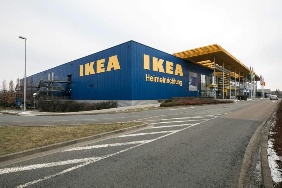 Auch in mehrere Ikea-Filialen wurden die Wurst-Waren geliefert. (Archivbild)