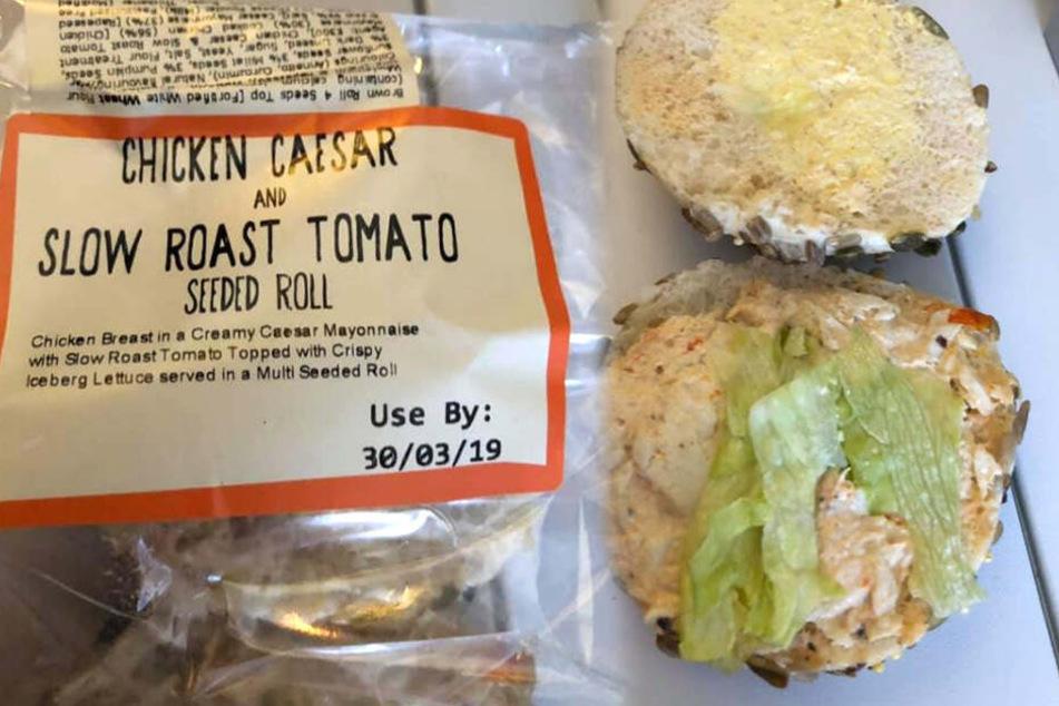 """""""Chicken Ceaser Roll"""" so der Name dieser etwas lieblos zubereiteten Speise."""