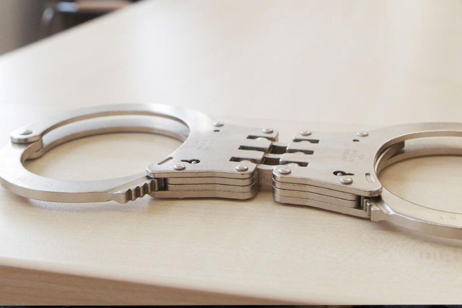 Wenn die Frau nicht 28.500 Euro überweist, drohte ihr ein angeblicher Haftbefehl.