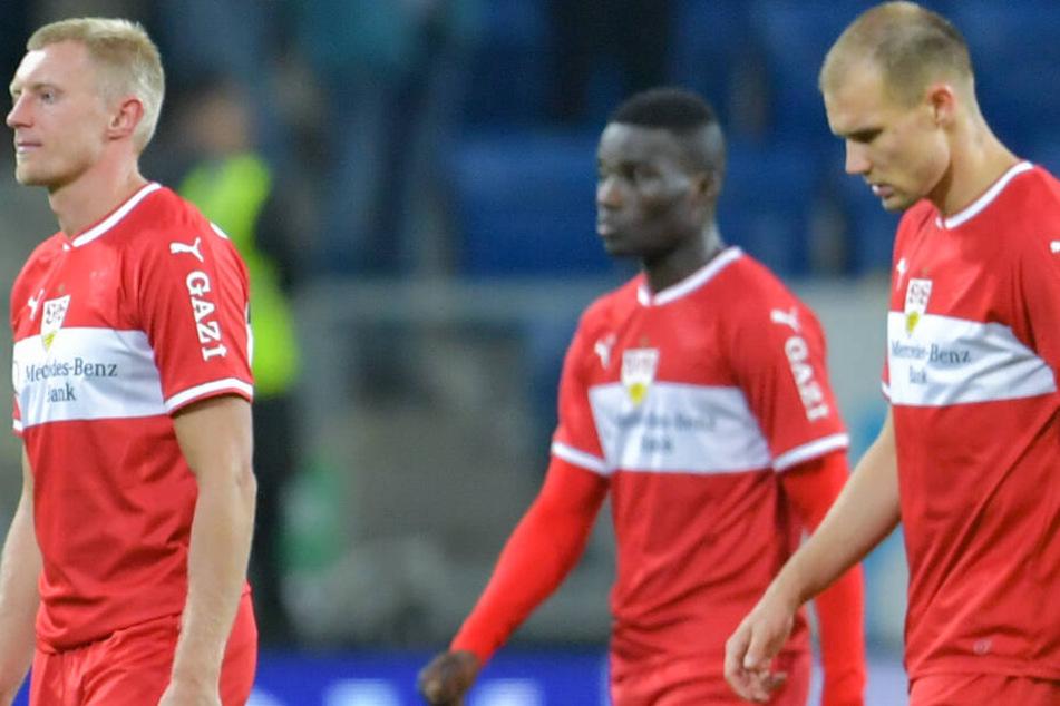 Hans Nunoo Sarpei (Mitte) wird bis Sommer zu Greuther Fürth in die Zweite Liga