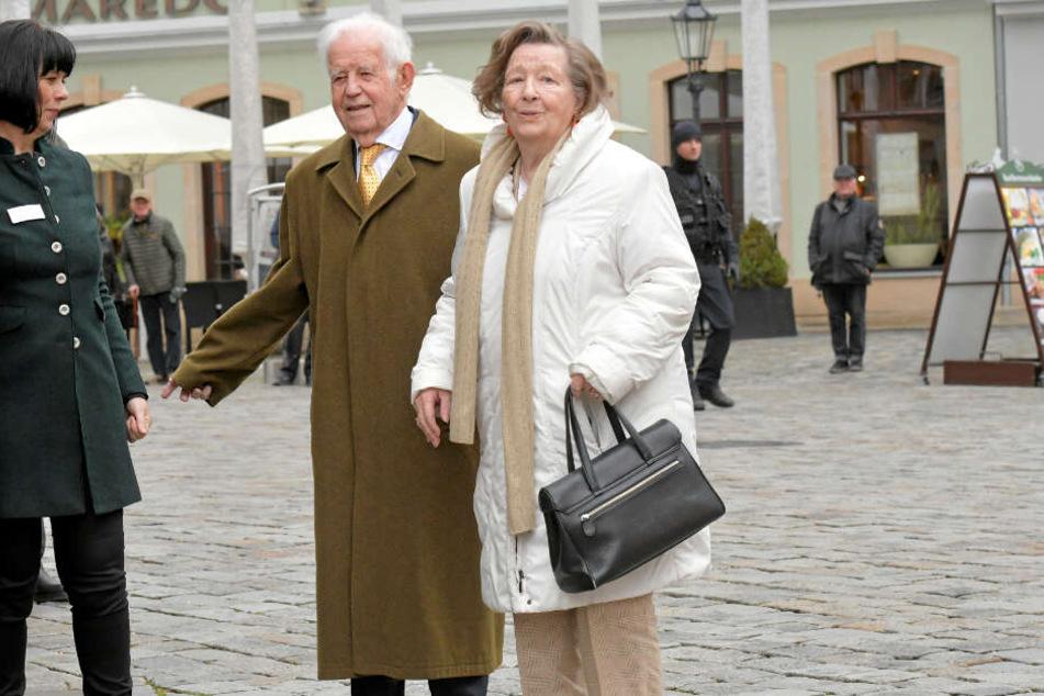 Der Jubilar Kurt Biedenkopf (90) kam mit seiner Frau Ingrid.