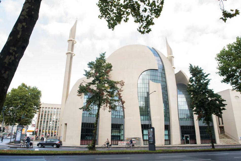 Für seinen Deutschland-Besuch plant der türkische Regierungschef nun, der Kölner Moschee einen Besuch abzustatten.