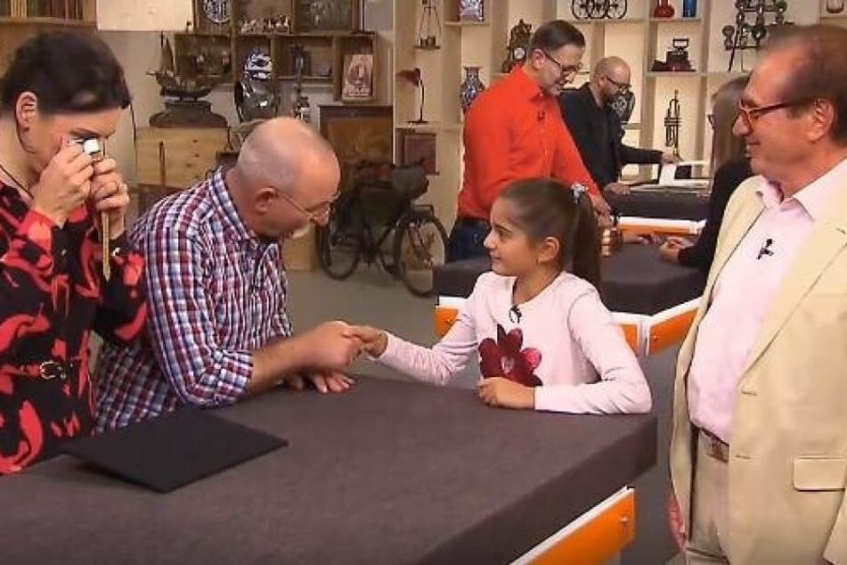 """Ganz schön schlagfertig! Rania (10) landet Volltreffer bei """"Bares für Rares"""""""