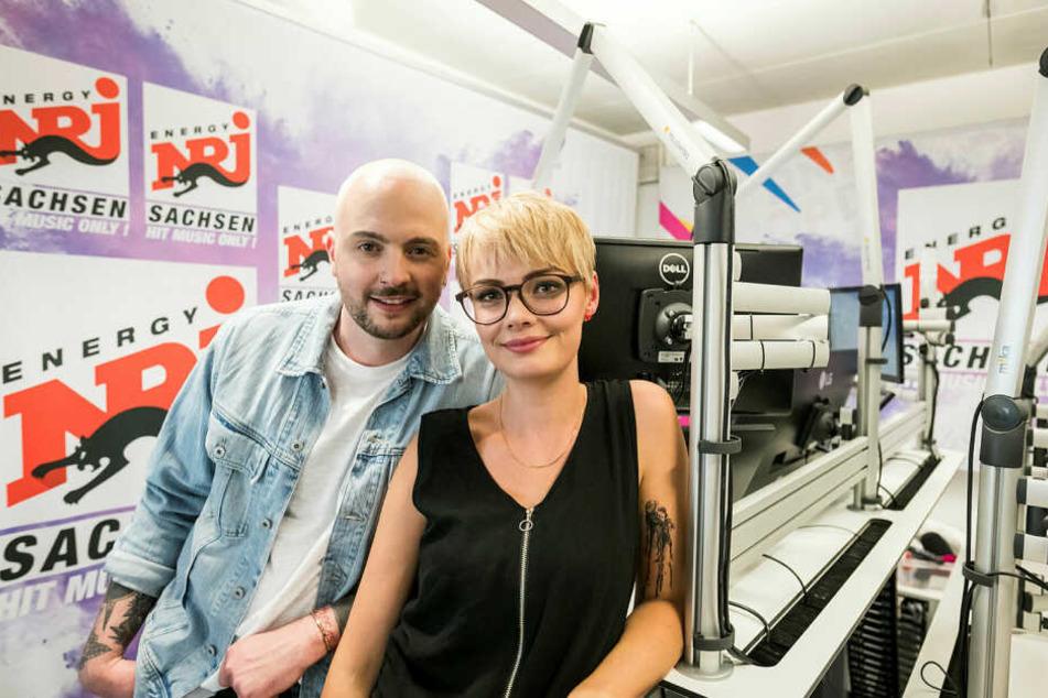 Waren fast vier Jahre jeden Morgen von 5 bis 10 Uhr zu hören: Das Morningshow-Duo Julian Mengler (33) und Franziska Mühlhause (28).