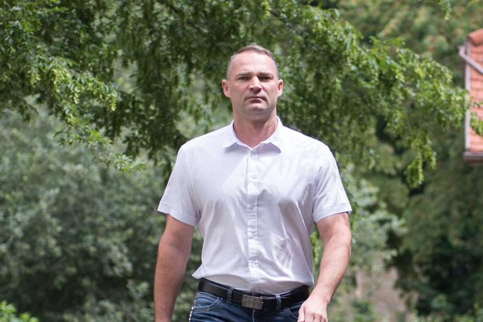AfD-Mann Sebastian Wippel (36, AfD) geschlagen.