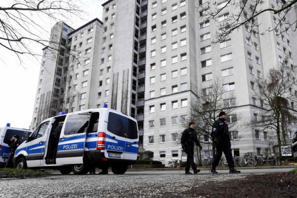Ein 18-Jähriger soll im Januar einen Mann im Kieler Stadtteil Mettenhof getötet haben (Archivbild).