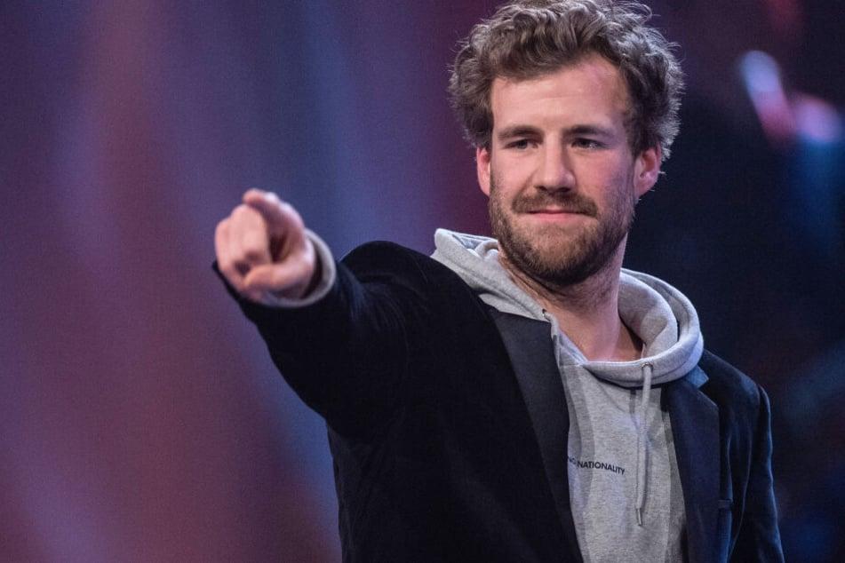 """Luke Mockridge lüftet Geheimnis um Witze im """"Fernsehgarten"""""""