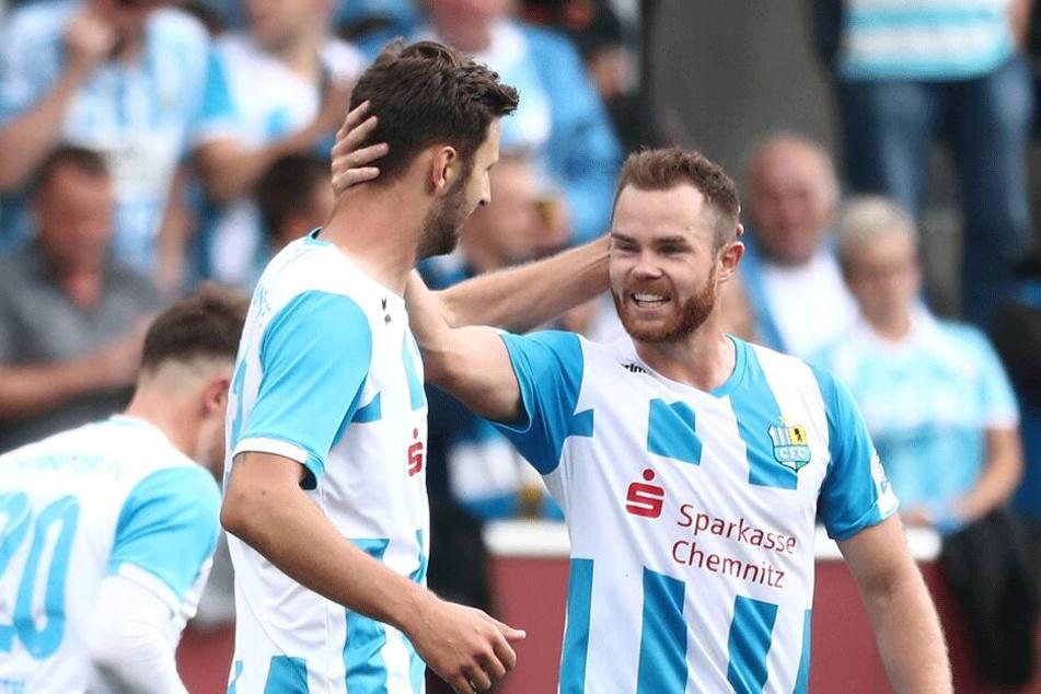 Am Mittwochabend beim 1:2 gegen den BFC Dynamo hatten Dejan Bozic (l.) und Tobias Müller wenig Grund zum Jubeln. Sonntag geht es wieder in die Hauptstadt - mit einem besseren Ende für den CFC?