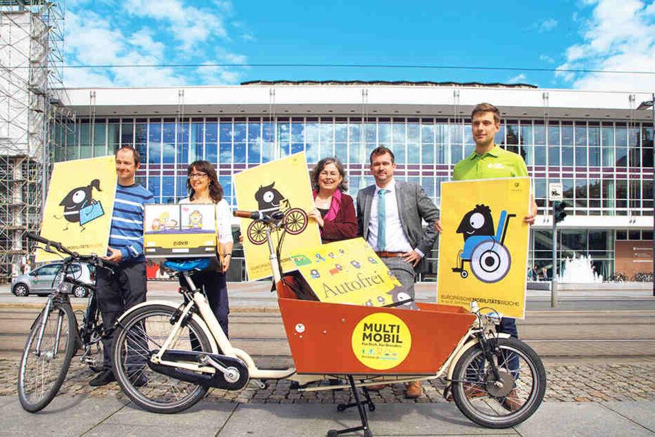 Am Sonnabend wird die Wilsdruffer Straße vor dem Kulturpalast für Autos  gesperrt und für Fahrräder geöffnet.