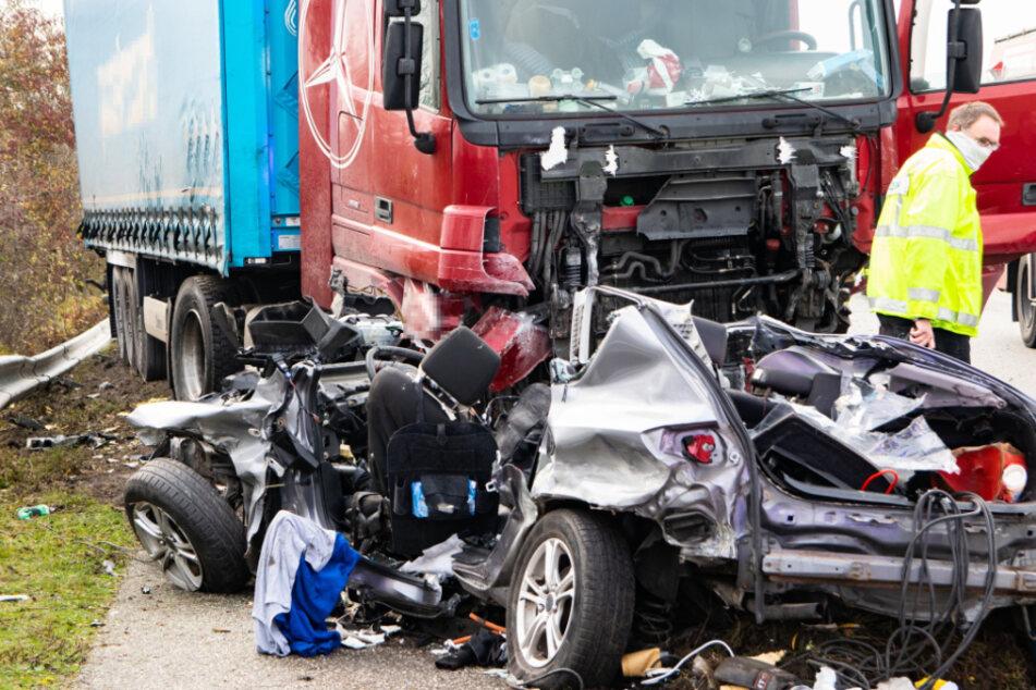 Zwei Männer sterben nach Horror-Crash auf Fehmarn