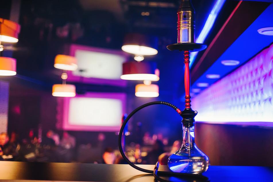 Leipzig: Räuber überfallen Bar und nehmen Shishas, Kohle und Tabak mit