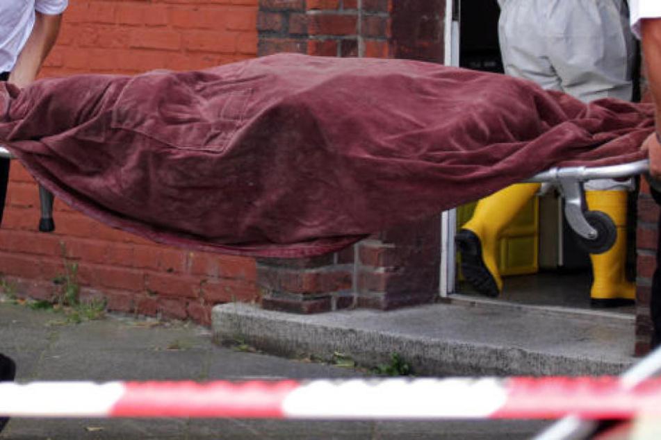 Schrecklicher Fund: Besitzer entdeckt Leiche in seiner Scheune