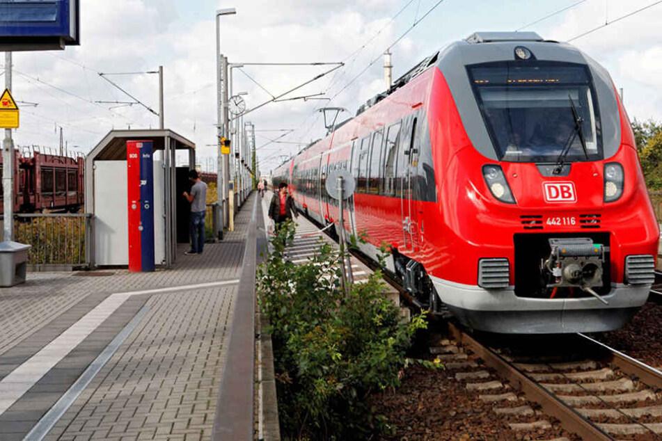 In Leipzig-Engelsdorf wurde eine 18-Jährige von einem Unbekannten sexuell genötigt. (Symbolbild)