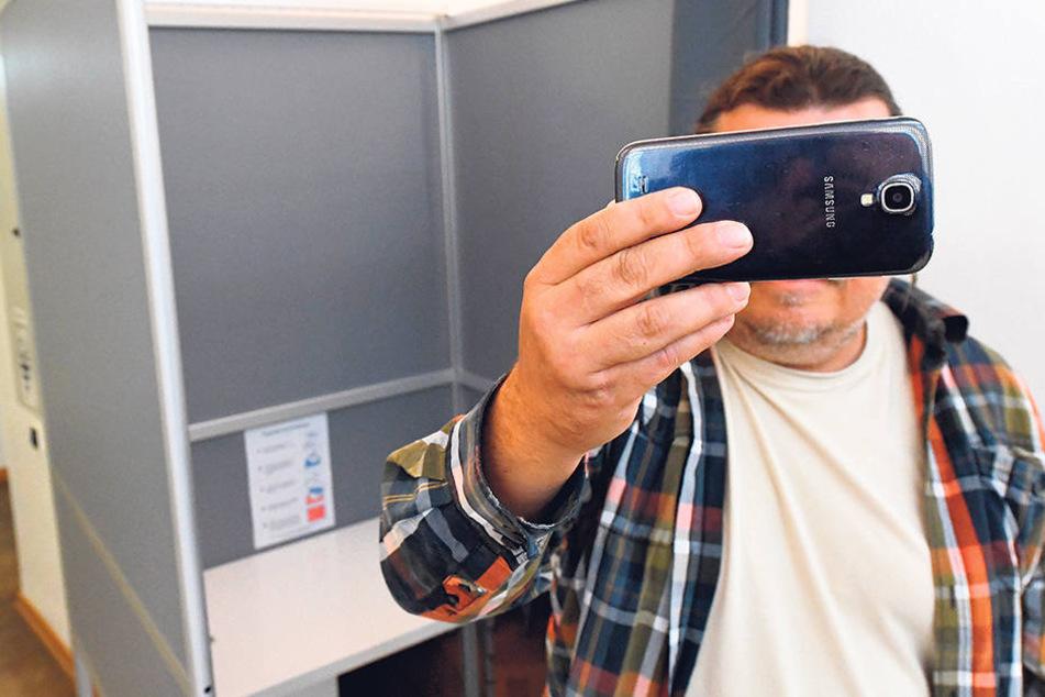 Wahl-Selfies sind bei Bundestagswahlen ab sofort tabu. Das Kreuzchen ist  Privatsache.