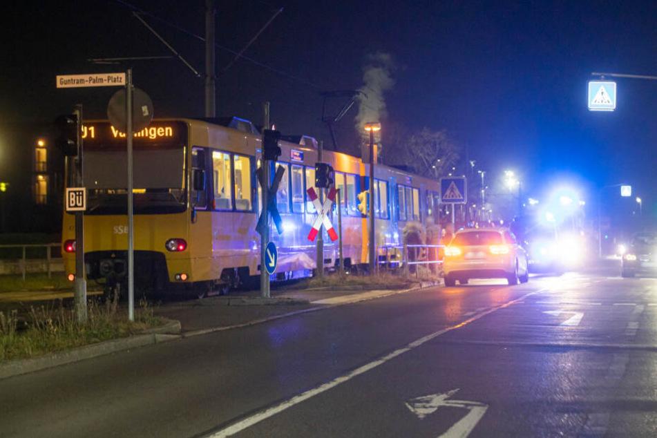 Der Unfall war der Polizei kurz vor 20 Uhr gemeldet worden.