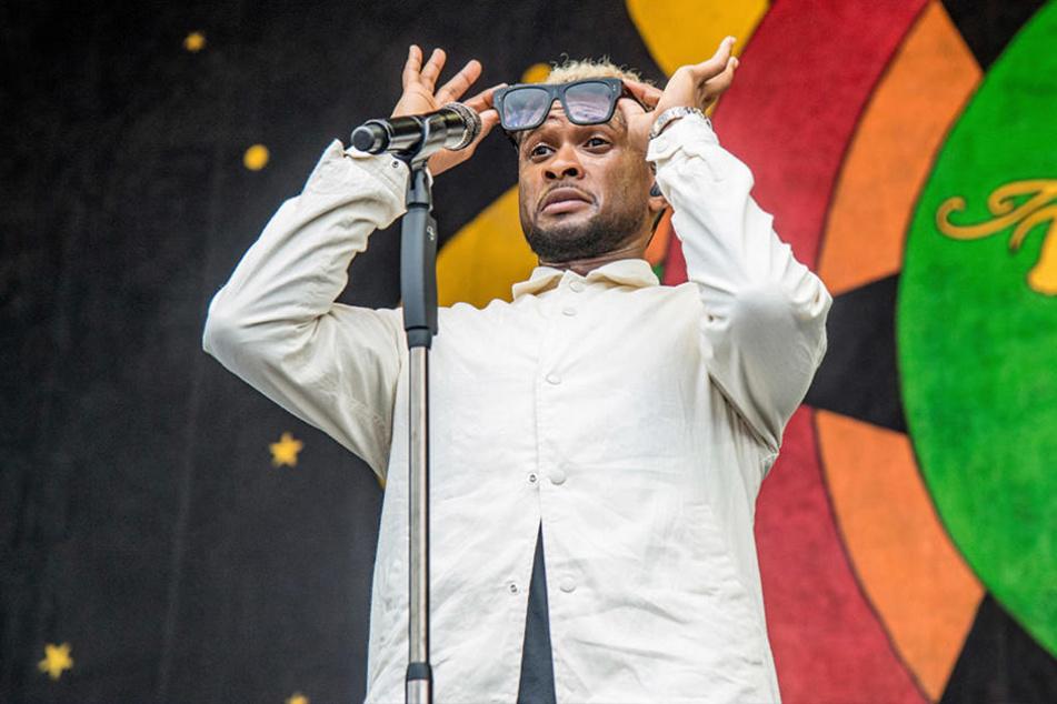 Superstar Usher soll drei Personen mit Herpes angesteckt haben.