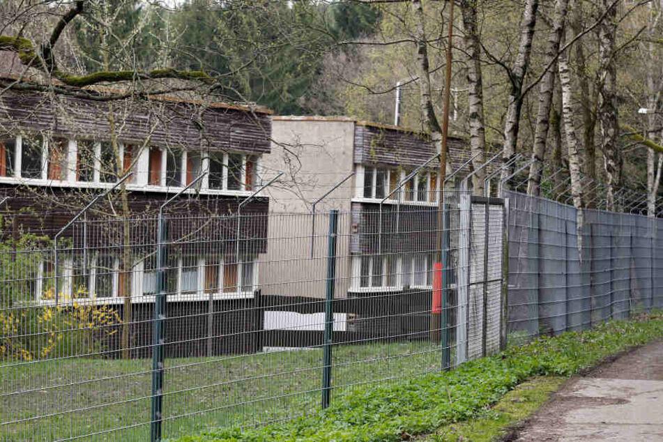 Die Erstaufnahmeeinrichtung in Einsiedel ist im ehemaligen Pionierheim untergebracht.