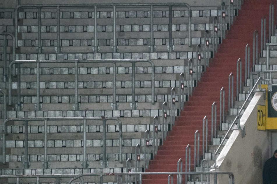 Leere Blöcke als Reaktion auf Rassismus? Leon Bailey von Bayer Leverkusen möchte mit aller Entschlossenheit gegen Rassismus vorgehen. (Symbolbild).