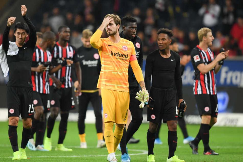 Die Eintracht spielt am Donnerstagabend um den Einzug in die Europa-League-Gruppenphase.
