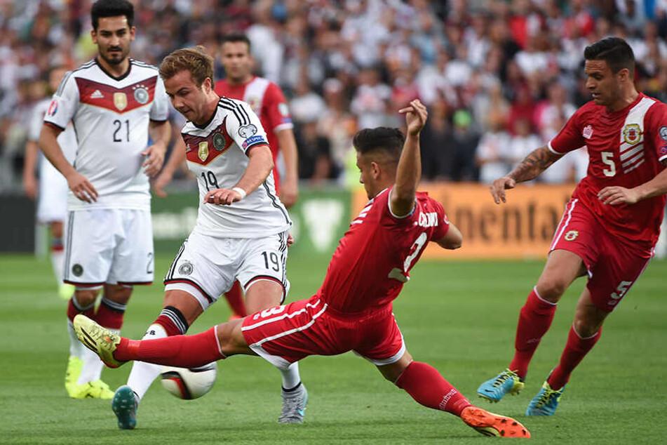 Am 13. Juni 2015 hat die DFB-Elf gegen die Nationalmannschaft von Gibraltar gespielt. Beim EM-Qualifikationsspiel in Portugal gewannen Jogi Löws Mannen mit 7:0.
