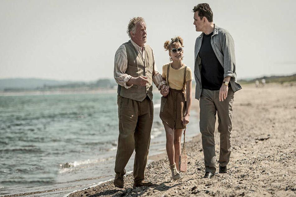 Nick, Großvater Amadeus und Matilda in einer Szene des Films