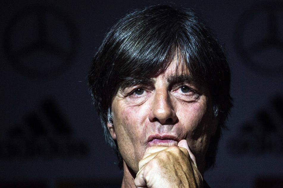 Bundestrainer Joachim Löw machte auf der ersten DFB-Pressekonferenz aus dem Trainingslager in Südtirol klare Ansagen.