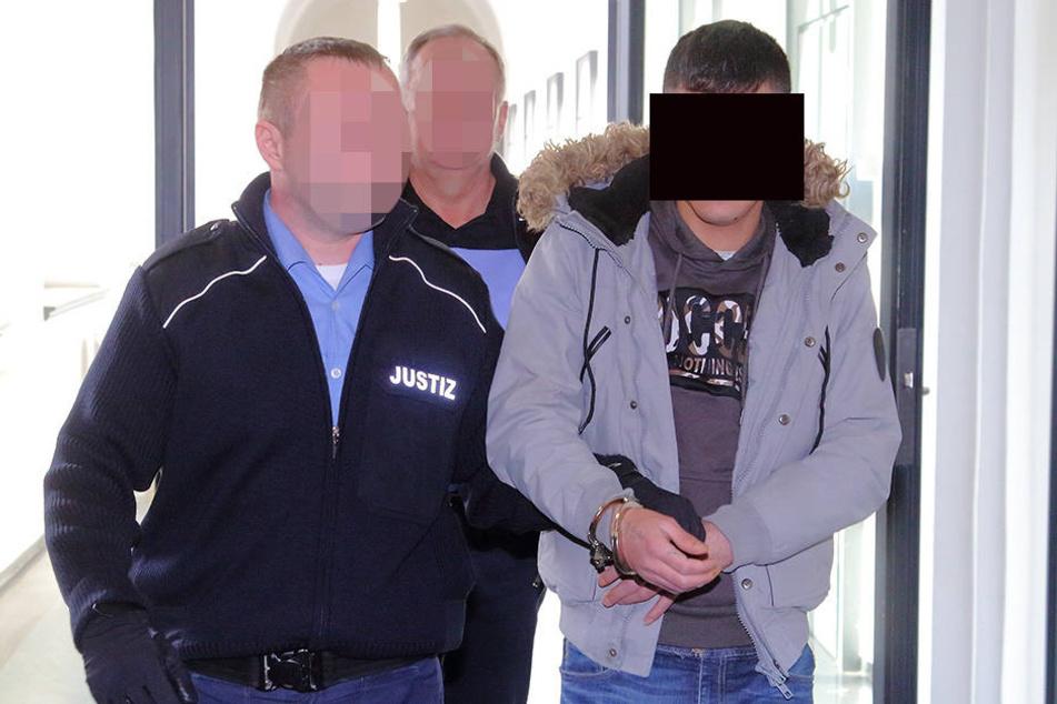 Mohamad Y. (26) benahm sich unsäglich gegenüber der Polizei.