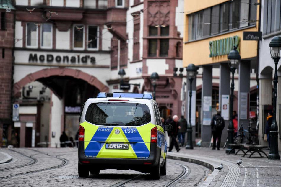 In Freiburg (im Bild: das Martinstor) soll eine 18-Jährige Opfer einer Gruppen-Vergewaltigung geworden sein.