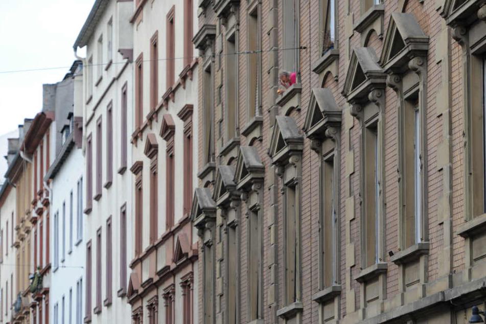 Im Frankfurter Umland sollen rund 1000 neue Wohnungen gebaut werden. (Symbolbild)