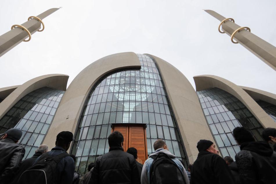 Stadt nicht eingeladen: Umstrittene Islam-Konferenz in Kölner Moschee