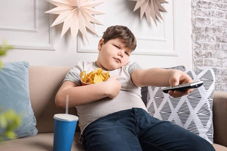 Viele Kinder in Sachsen leiden unter Übergewicht - auch auf dem Land. In der Altersklasse 10 bis 14 Jahre sind es 5,3 Prozent!