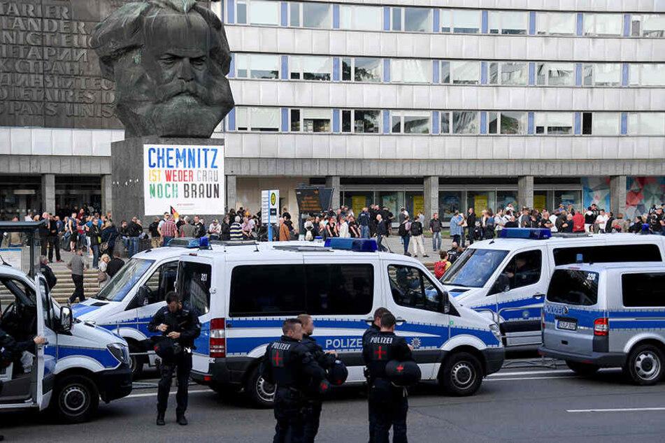 Am Freitagabend soll es wieder eine Demonstration am Marx-Monument geben.