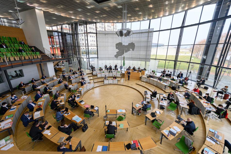 Verschoben: Die Diätenerhöhung für Sachsens Landtagsabgeordnete soll erst im April 2022 kommen.
