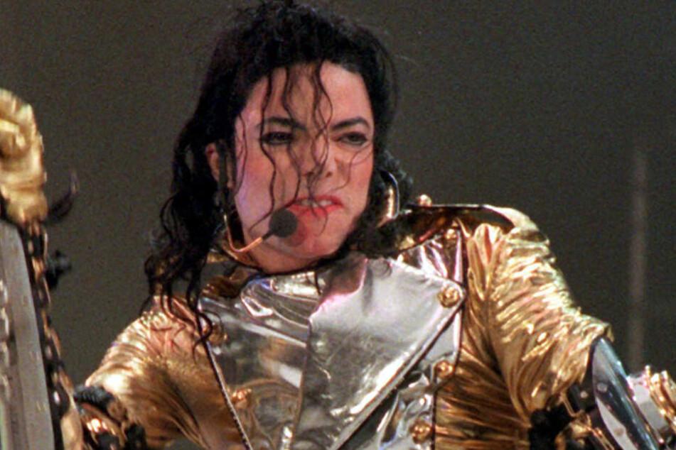 Michael Jackson wird sexueller Missbrauch vorgeworfen.