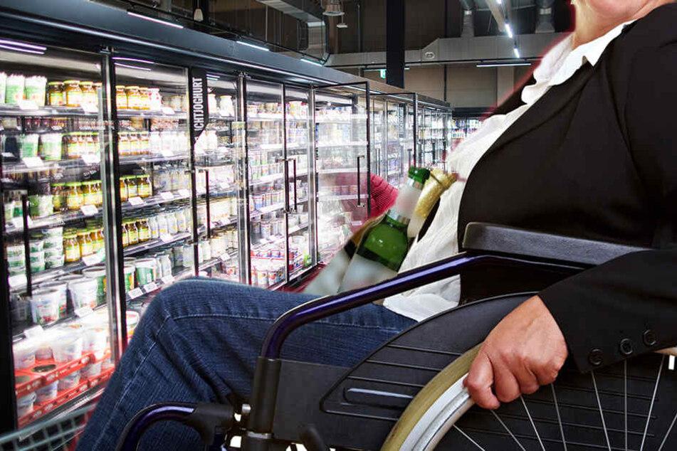 Die 83-jährige Rollstuhlfahrerin war betrunken. (Symbolbild).