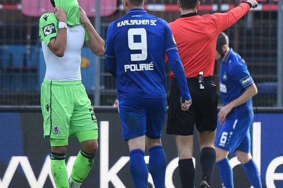 Ärgerlich, der Ausgleich der Löwen ist nicht von Dauer: Pourié hält mit seinem Treffer dagegen.