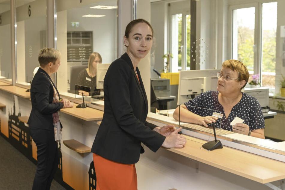 Freut sich über den neuen Empfangsbereich: Sozialbürgermeisterin Kristin Kaufmann (43, Linke).