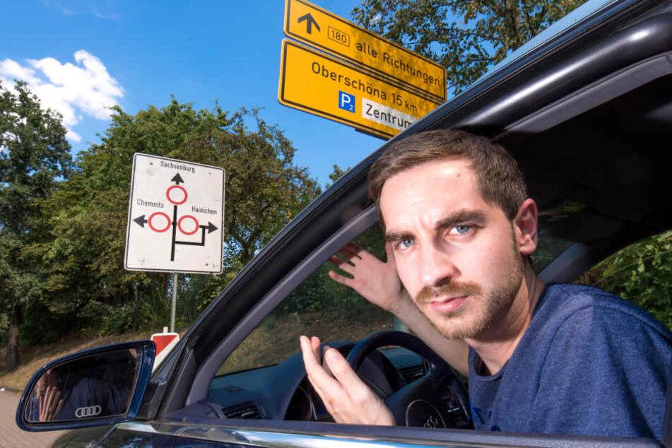 Verkehrs-Wirrwarr auf der Altenhainer Straße: Auch Redakteur Stefan Graf (27) weiß auf Anhieb nicht, wo es hier weitergeht.