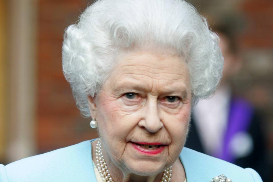 """Die Serie """"The Crown"""" erzählt die Geschichte von Queen Elizabeth II. (95) und ihrer Familie."""