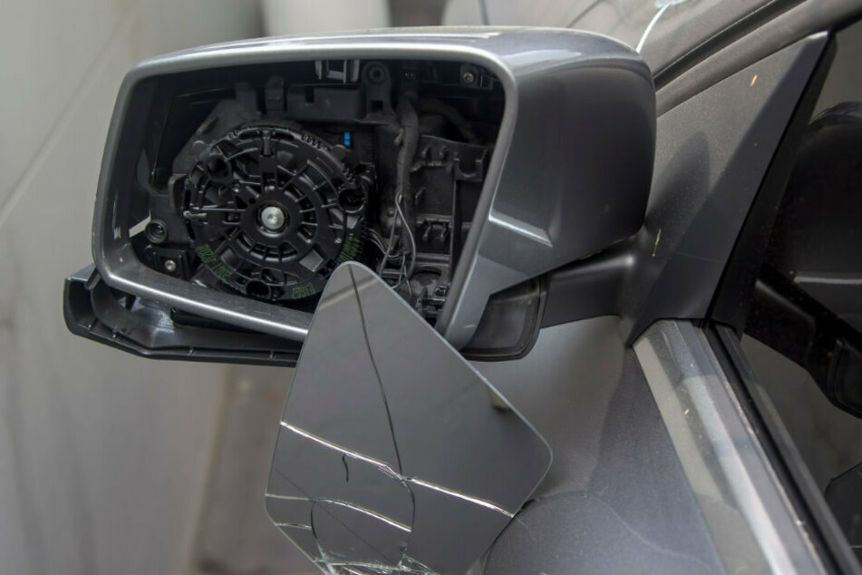 Maschinen beschädigt, Geräte geklaut: Täter wüten auf Baustellen