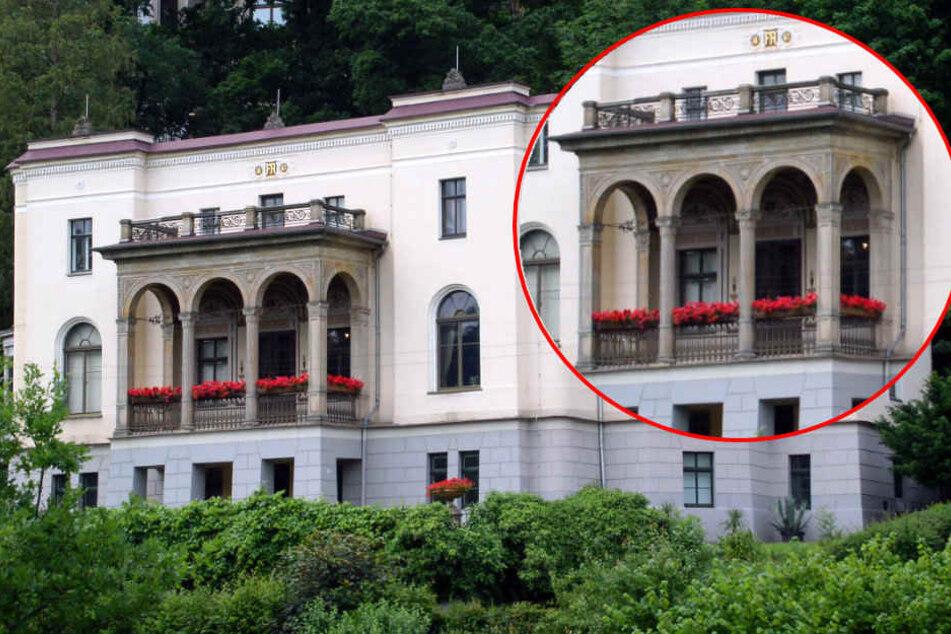 Der tonnenschwere Balkon droht abzustürzen. Nun soll das Problem behoben werden.