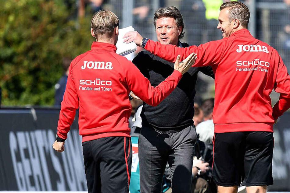 Weiß den Verlust Düsseldorfs einzuschätzen: DSC-Trainer Jeff Saibene (49) braucht seinen Co-Trainer Carsten Rump (re.).